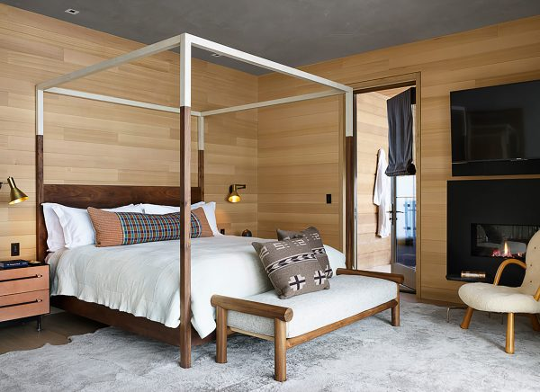 Taupo suite - king poster bed