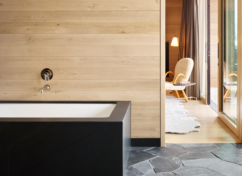 Taupo Bathroom - close-up of tub