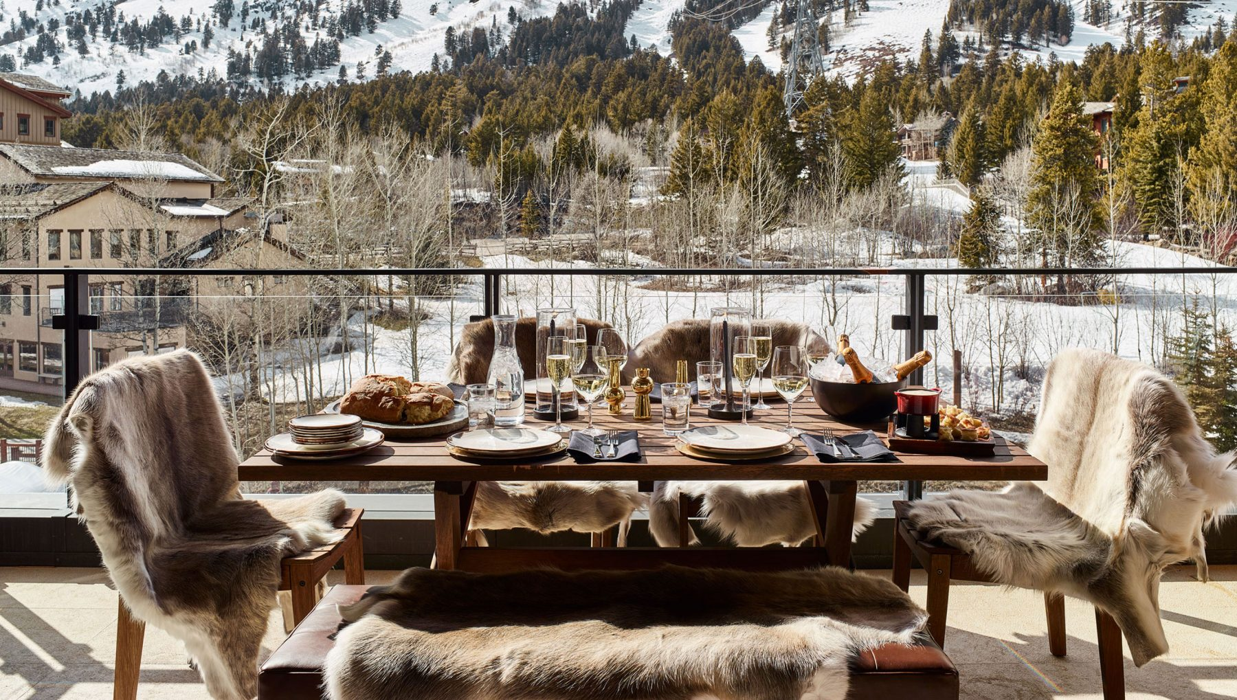 outdoor dining table overlooking mountains