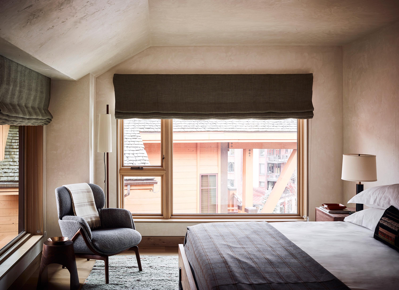 newberry suite king bedroom
